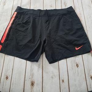 NWOT Womens Nike shorts XXL